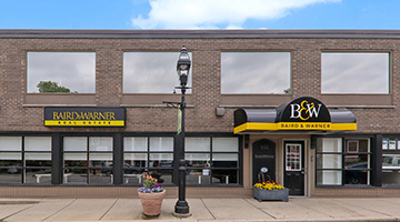 Baird & Warner Title Services Glen Ellyn Closing Office